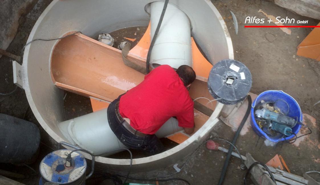 Alfes + Sohn GmbH Leistungen | Aufnahme Baugrube von oben während der Schachtsanierung